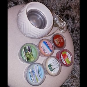 Ceramic Yankee Candle Wax Warmer with 6 Easy Melts